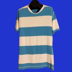 Lululemon Men's Blue and White Striped Top